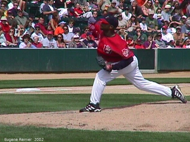 IMG 2002-Aug11 at Winnipeg:  Goldeyes Rafael Gross-pitches