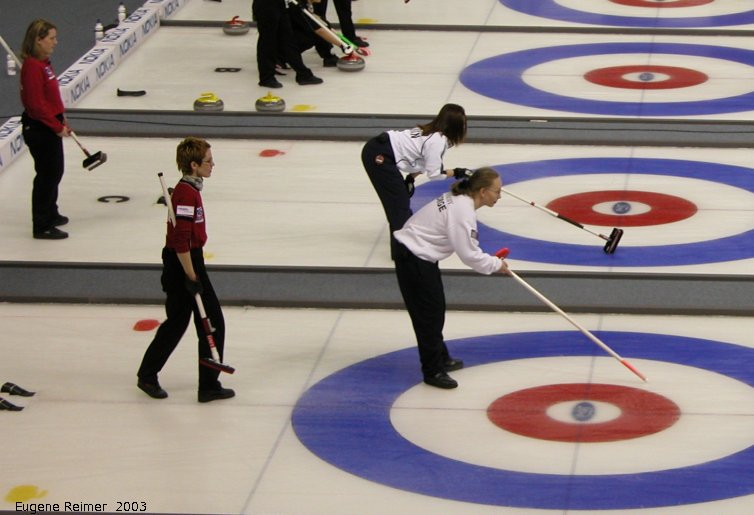 IMG 2003-Apr06 at Winnipeg-arena:  curling Dordi Nordby of Norway