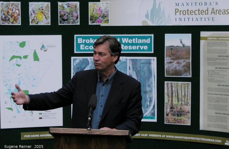 IMG 2005-Jun24 at Ecological Reserve Announcement:  BWER Gary Doer