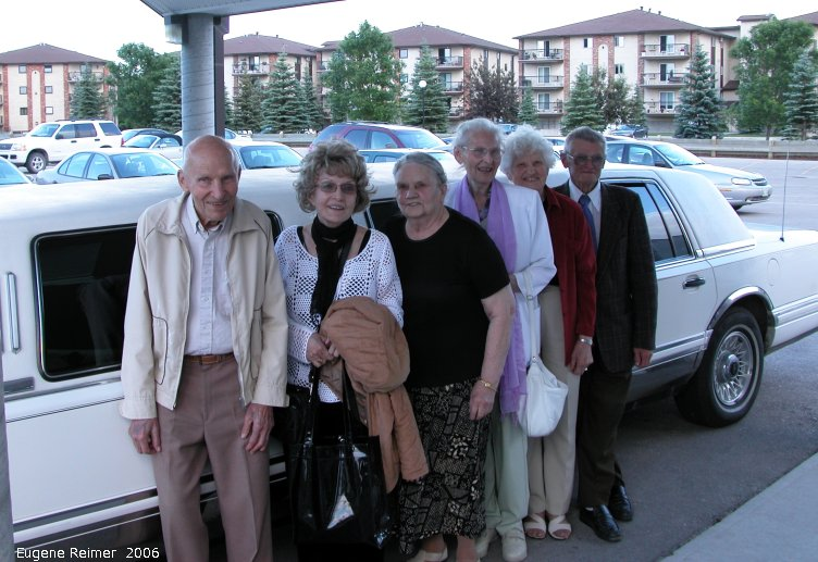 IMG 2006-Jun11 at KPL-Reimer-gathering for Aunt Liz's 80th:  Reimer-gathering-2006 2nd generation and their strectch-limo transport