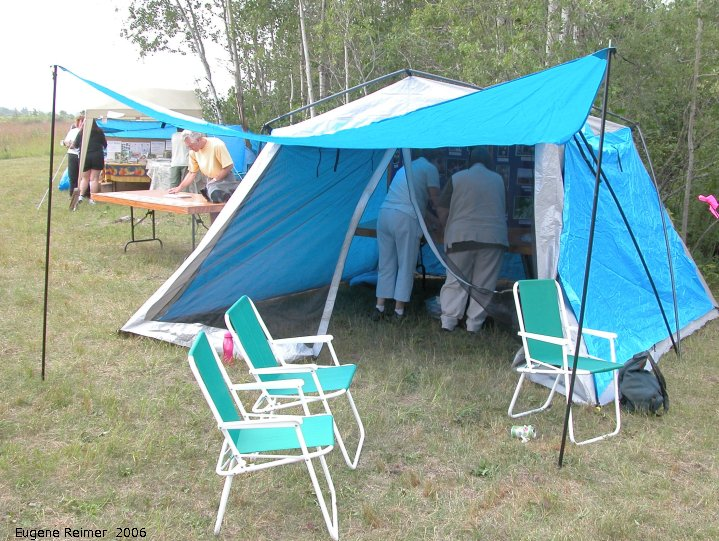 IMG 2006-Aug12 at Gardenton:  NOCI-display and tent