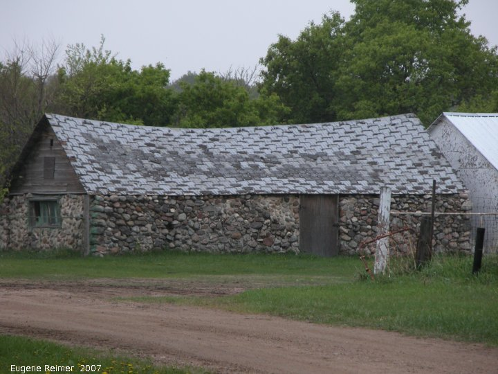 IMG 2007-May21 at roads between IndianHead and StrawberryLakes:  barn made of fieldstone